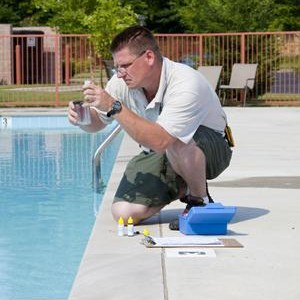 """WHEN TO """"SHOCK"""" YOUR POOL WITH SUMMER """"HEAT WAVE"""" CONDITIONS?"""