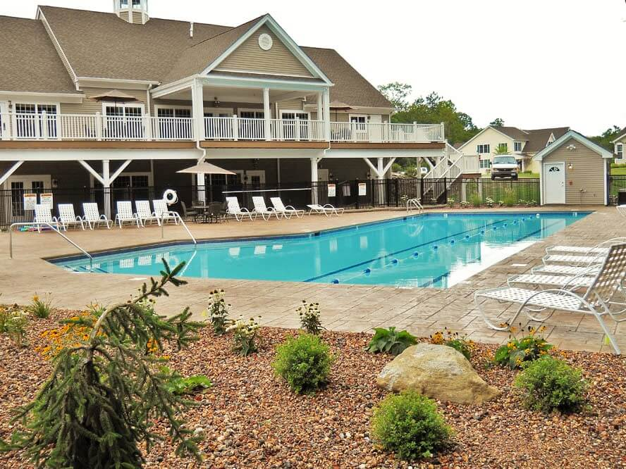 The Differences Between Residential and Commercial Pool Builds