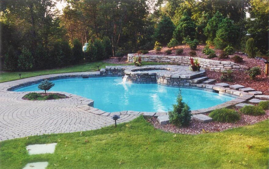 Creating Pools for Yards of All Sizes