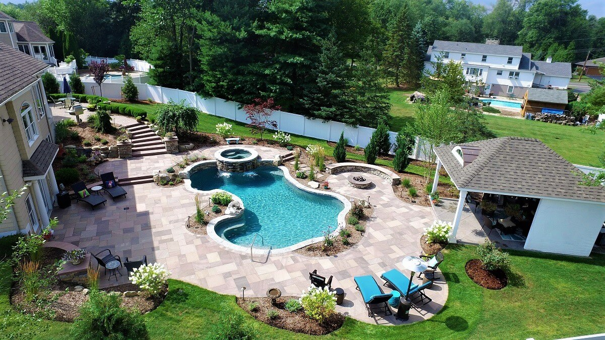 What Questions Should You Ask When Building a Pool?
